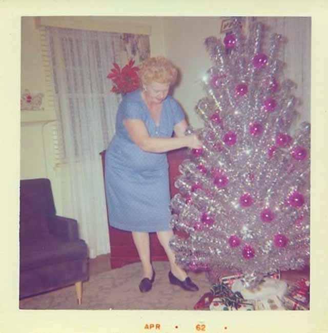 silver retro christmas tree with color wheel - Vintage Aluminum Christmas Tree